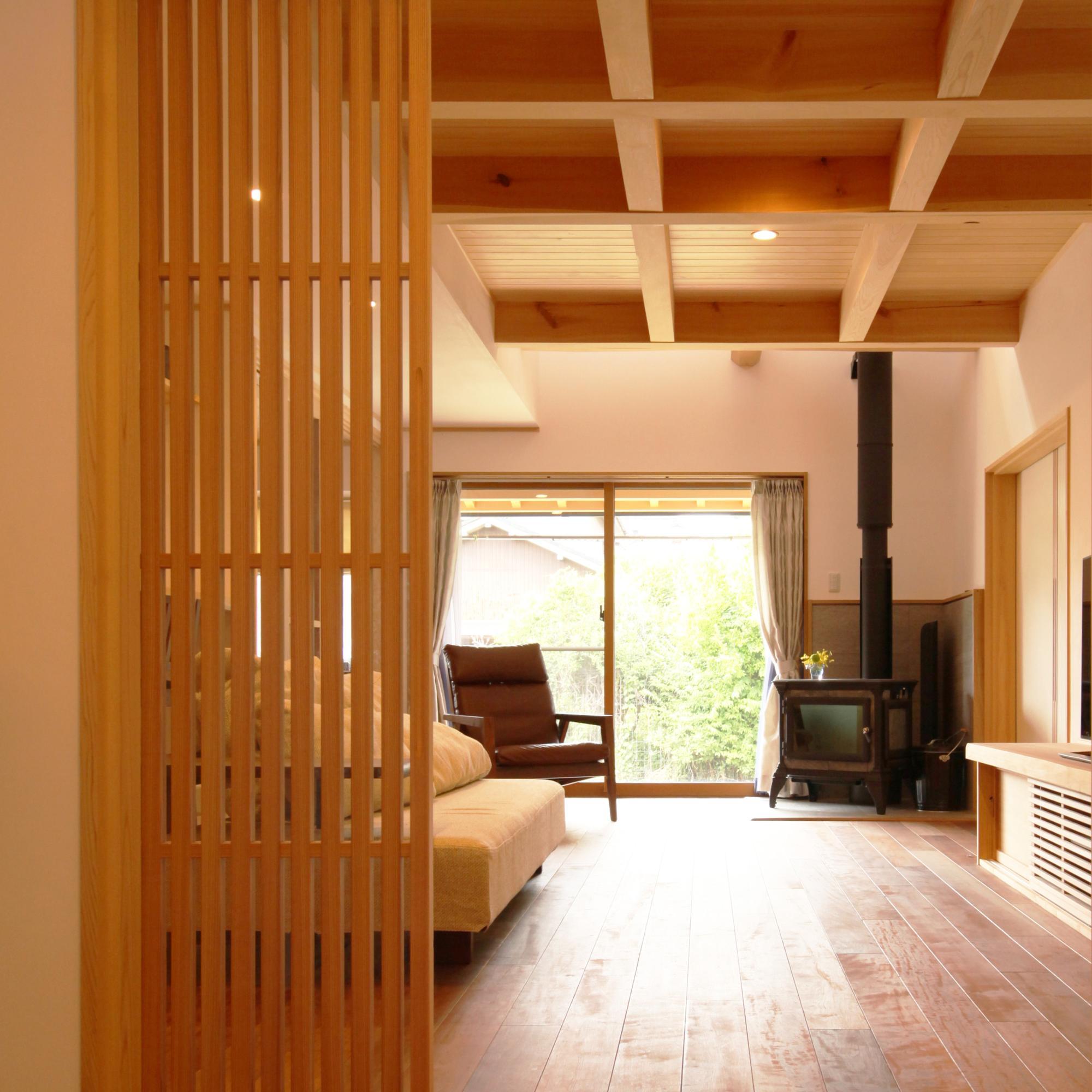 自然素材の木の家のリビング