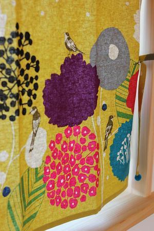 岐阜県の木の家の可愛いカーテン
